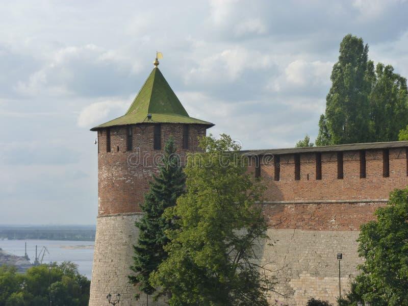 Der Eckdrehkopf der der Kreml-Festung in Nizhniy Novgorod lizenzfreie stockbilder