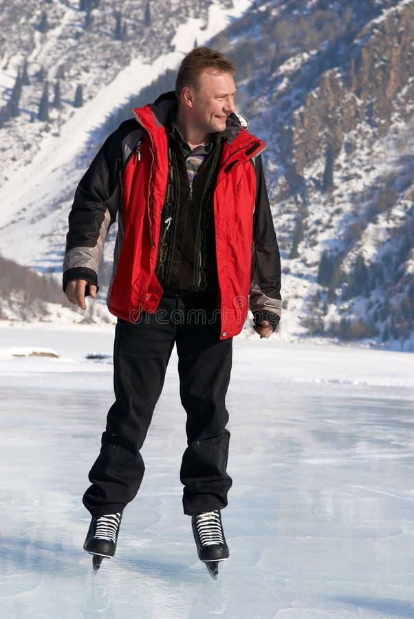 Der Eis-Eislauf auf Berg mag lizenzfreie stockbilder