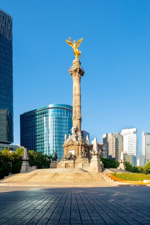 Der Engel von Unabhängigkeit bei Paseo de la Reforma in Mexiko City lizenzfreie stockfotos