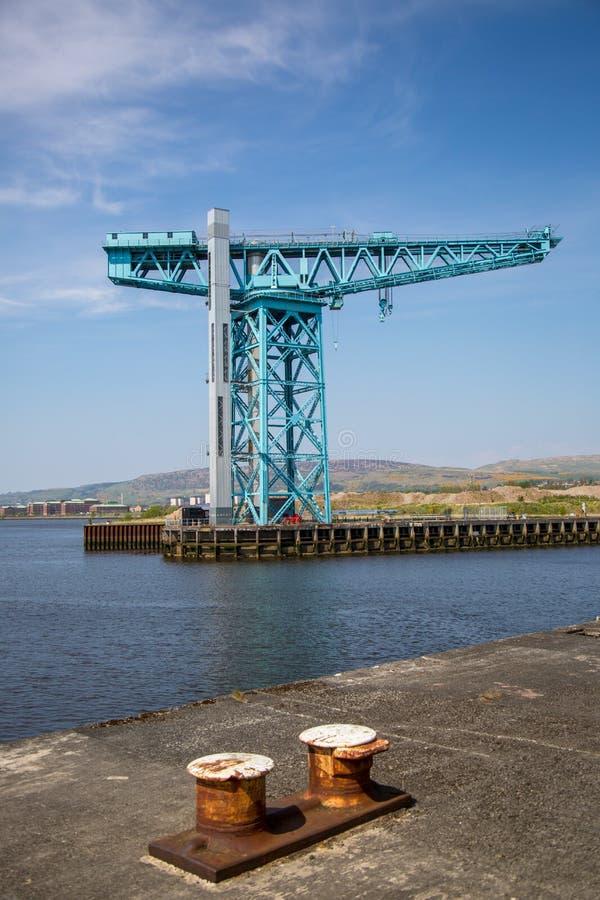 Der enorme Titan-Kran am Standort von John Brown-` s Yard in Clydebank lizenzfreie stockfotografie