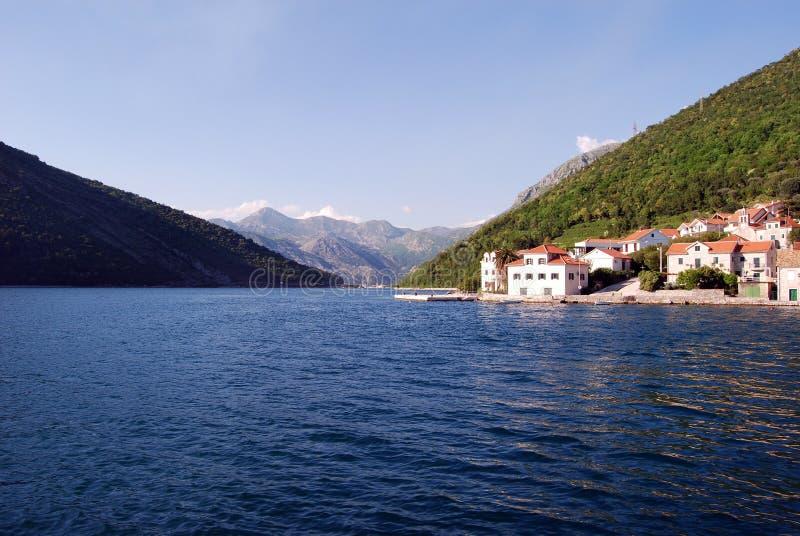 Der Fjord von Montenegro stockfotos