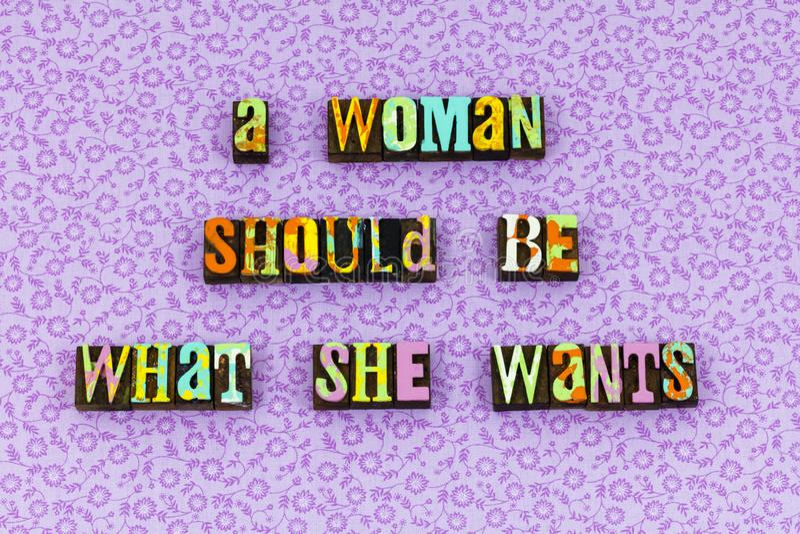 Der Frauenfeminismus glaubt Briefbeschwerer der positiven Haltung stockbilder