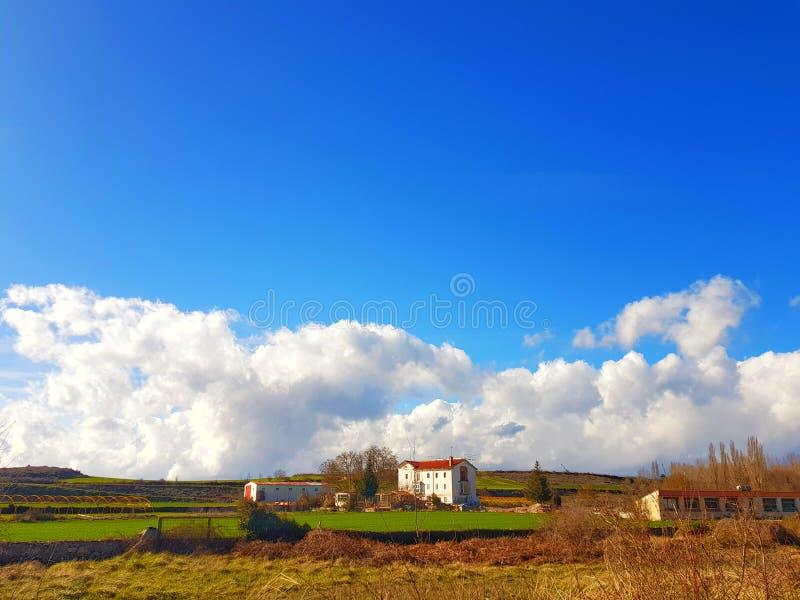 Der Frieden und die Schönheit der spanischen ländlichen Landschaft lizenzfreie stockfotos