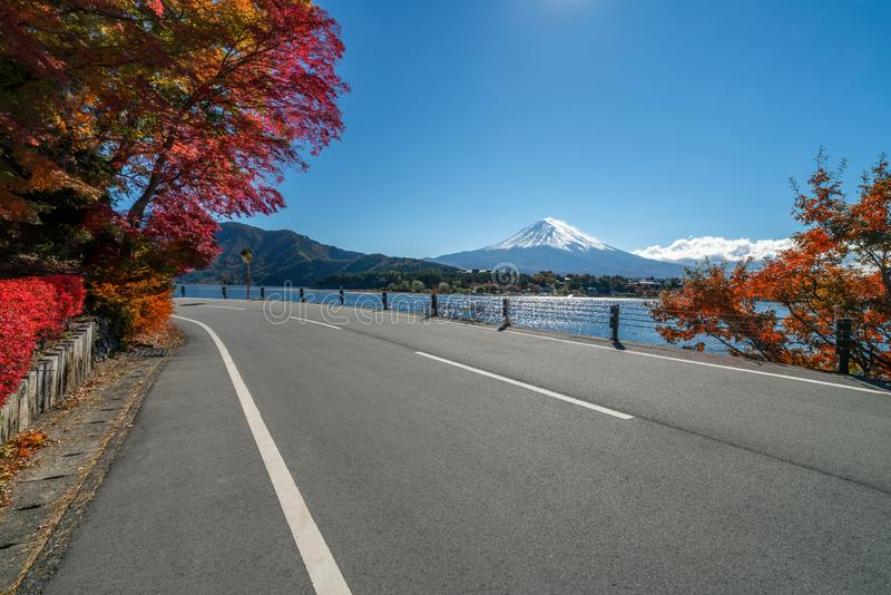 Der Fujisan in Autumn Color, Japan lizenzfreies stockbild