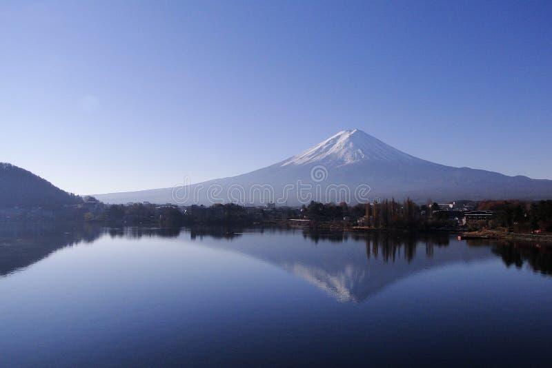 Der Fujisan - ein ikonenhaftes von Japan stockbilder