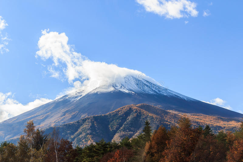 Der Fujisan, gelegen auf Honshu-Insel stockfotografie