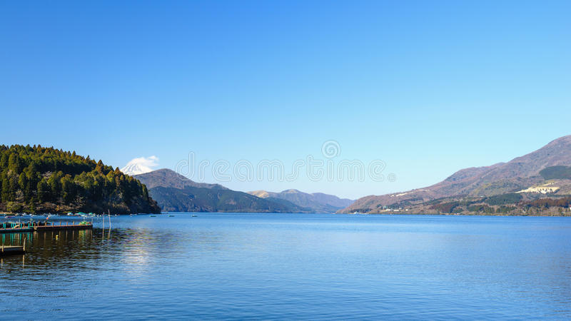 Der Fujisan, See Ashinoko, Hakone, Japan stockbild