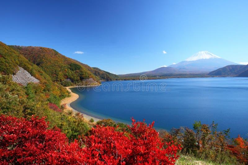 Der Fujisan und See Motosu stockbild