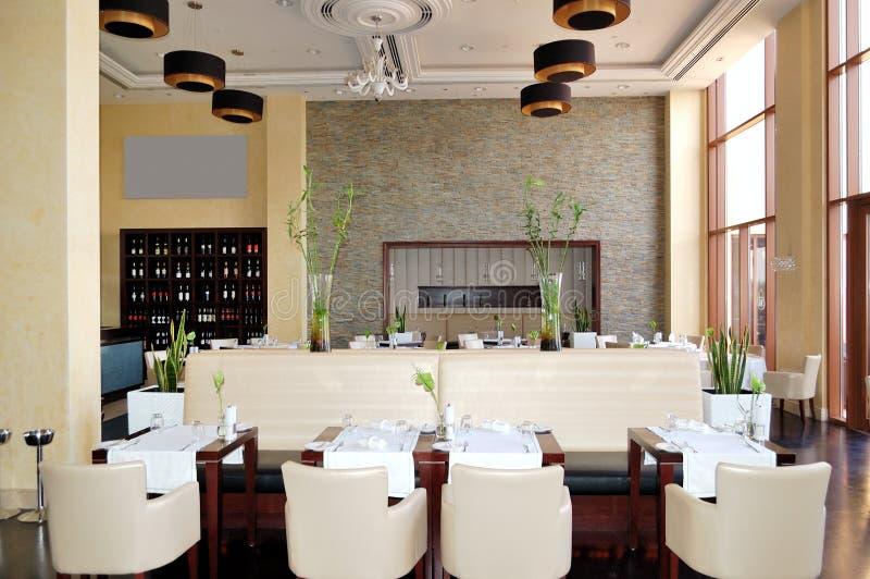 Download Der Gaststätteinnenraum Des Luxushotels Stockfoto - Bild von einstellung, raum: 26363182