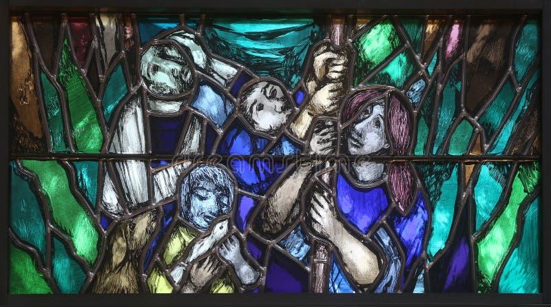 Der Geist Gottes erweckt ein neues Leben, sowohl tot als auch lebendig, in der Kirche des Johannes in Piflas, Deutschland stockfotografie
