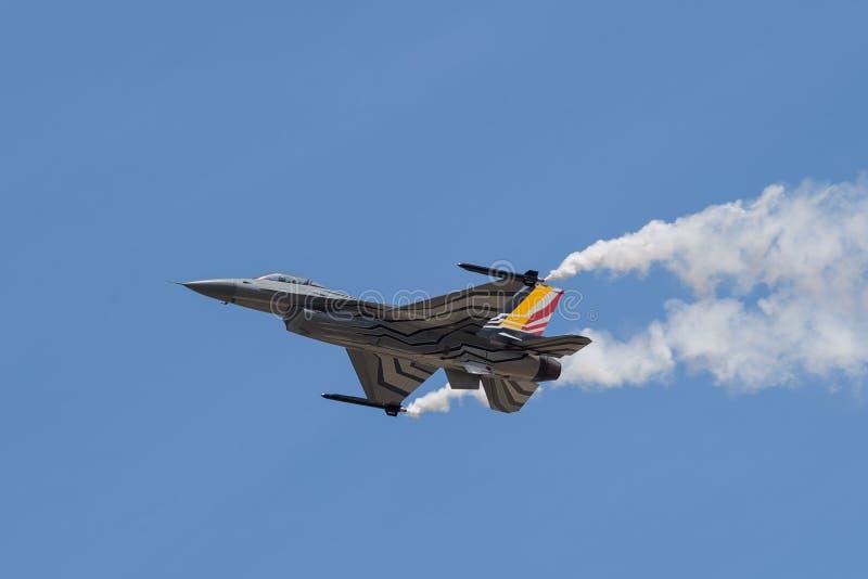 Der General DynamicsF-16kämpfende Falke ist ein multirole Strahlen-Kampfflugzeug, das ursprünglich durch General Dynamics für die lizenzfreie stockfotografie