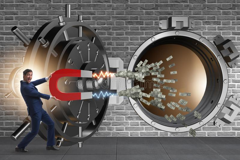 Der Geschäftsmann, der Bank im Finanzkriminalitätskonzept beraubt lizenzfreies stockbild
