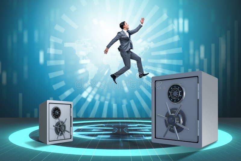 Der Geschäftsmann, der von den Safes im Geschäftskonzept springt lizenzfreie stockfotografie