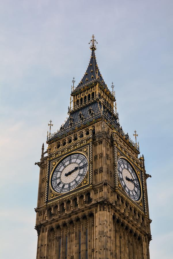 Der Glockenturm oder Elizabeth Tower, weit bekannt als Big Ben lizenzfreies stockbild