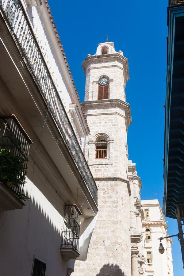 Der Glockenturm von San Cristobal Cathedral, Havana Cathedral, herein stockbilder