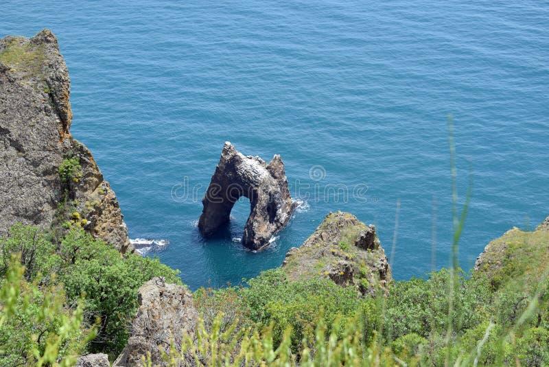 Der Golden Gate-Felsen im Schwarzen Meer stockbilder