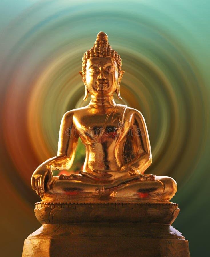 Der goldene Buddha lizenzfreie stockfotos