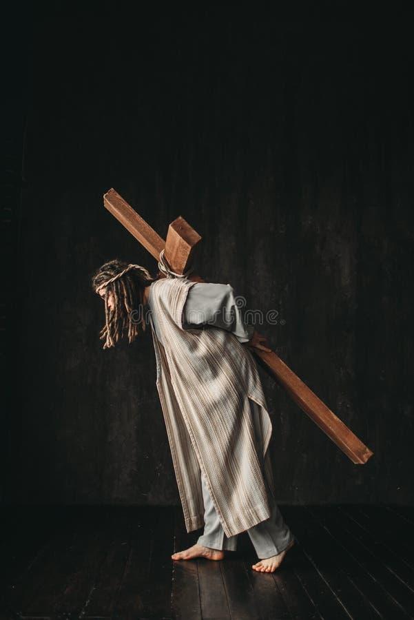 Der große Märtyrer mit Kreuz, Christentumssymbol stockfotos