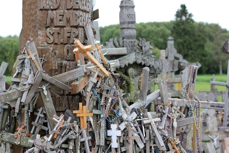 Der Hügel der Kreuze in Litauen lizenzfreie stockfotografie