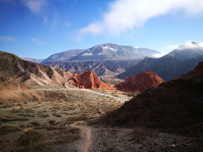 Der Hügel von sieben Farben lizenzfreie stockbilder