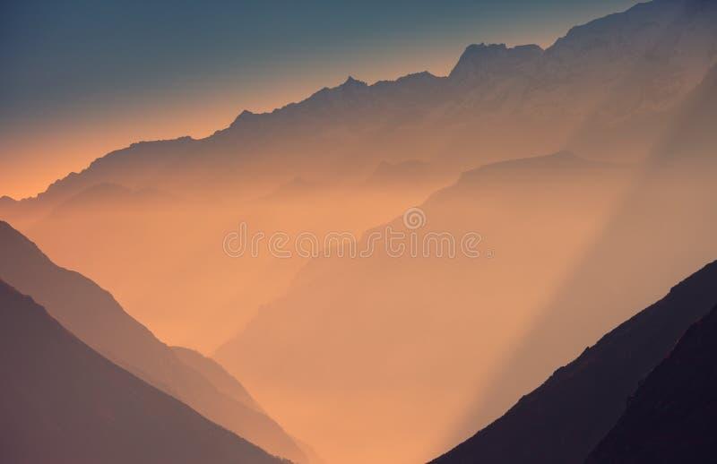 Der Himalaja lizenzfreie stockfotos