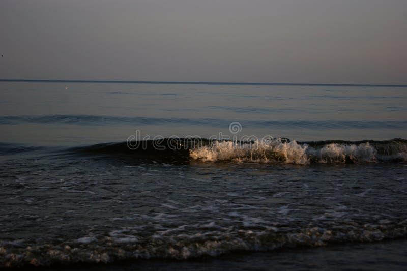 Download Der Himmel und das Meer stockbild. Bild von blau, schaumgummi - 90234831