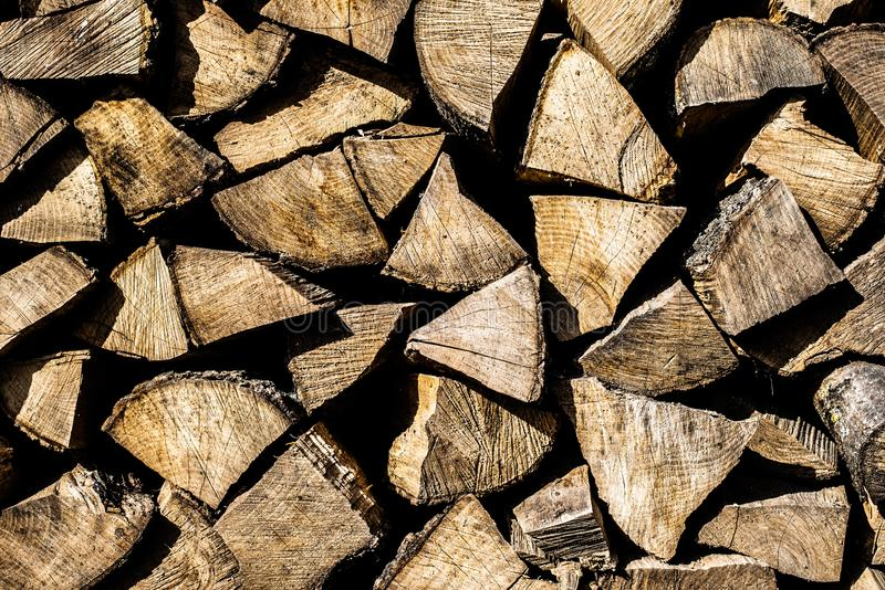 Der Hintergrund des Brennholzes Alter Baum lizenzfreie stockfotos