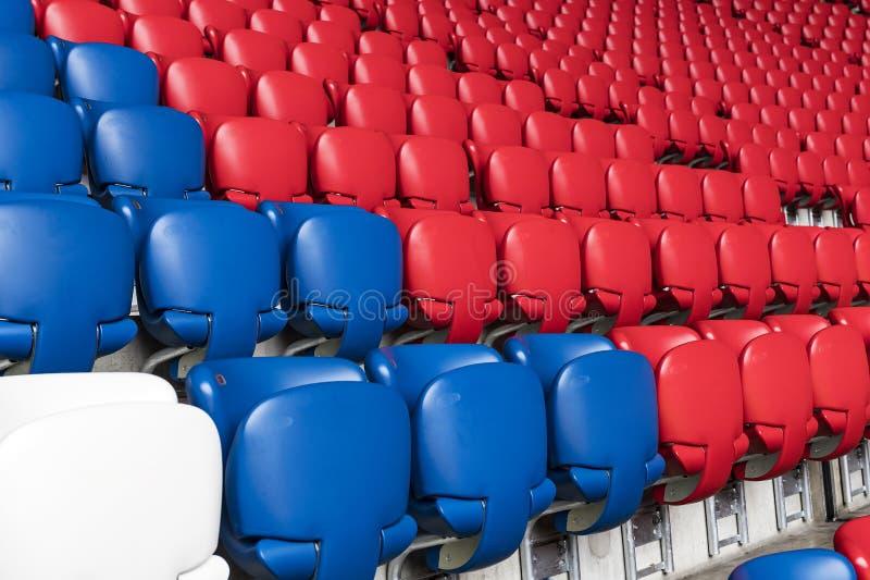 Der Innenraum des Hauptstadion Allianz Arena-Fußballverein München-Bayerns lizenzfreies stockbild