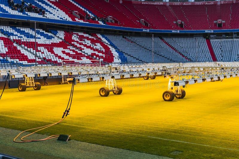 Der Innenraum des Hauptstadion Allianz Arena-Fußballverein München-Bayerns lizenzfreie stockfotos