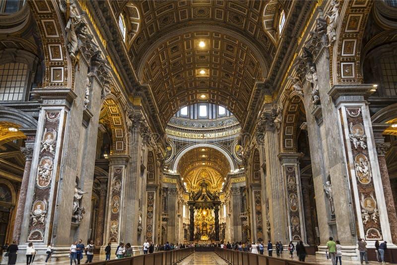 Der Innenraum der Kathedrale von St Peter lizenzfreies stockbild