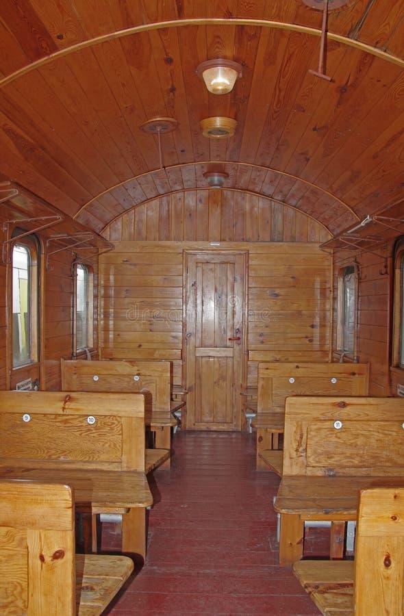 Der Innenraum von einem historischen, Passagierbahnauto lizenzfreie stockbilder