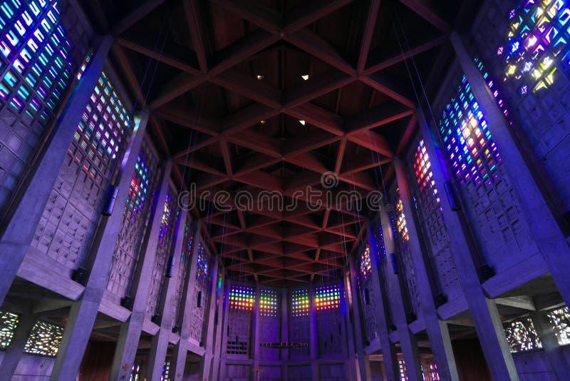 Der Innenraum von Heiliges Remy-Kirche im Bakkarat lizenzfreies stockbild