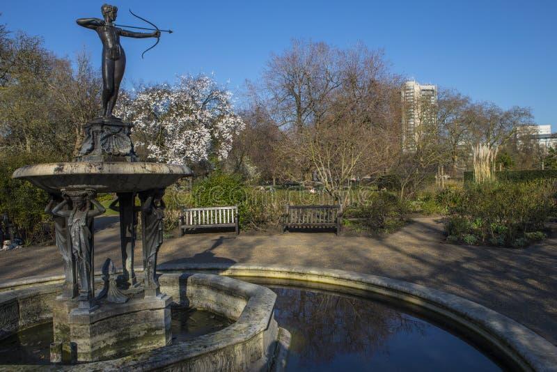 Der Jägerin-Brunnen in Hyde Park lizenzfreie stockbilder