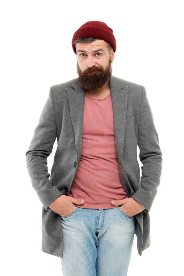 Der jüngste Trend Trendy Junge mit Herbstjacke mit lockerem Hut nach Modetrend Brutales kaukasisches Nilpster lizenzfreie stockfotografie