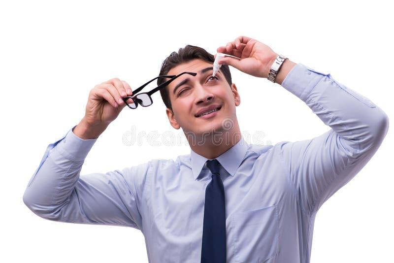 Der junge Mann im medizinischen Konzept der Augenpflege lizenzfreie stockfotos