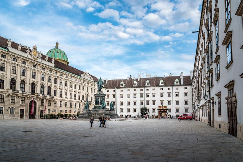Der Kaiserfiskus am Hofburg-Palast in Wien stockbilder