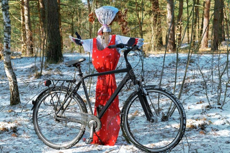 Der Karnevalsfeiertag, Winter, Shrovetide, Pfannkuchenwoche stockbilder