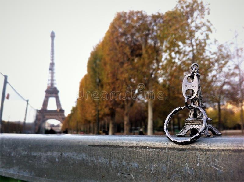 Der kleine Bruder des Eiffelturms stockfotos