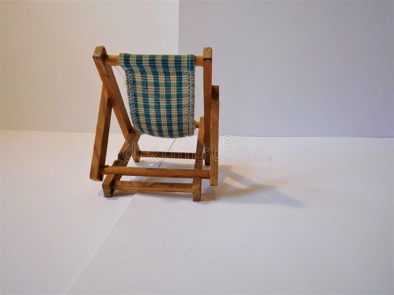 Der kleine Stuhl lizenzfreie stockfotos