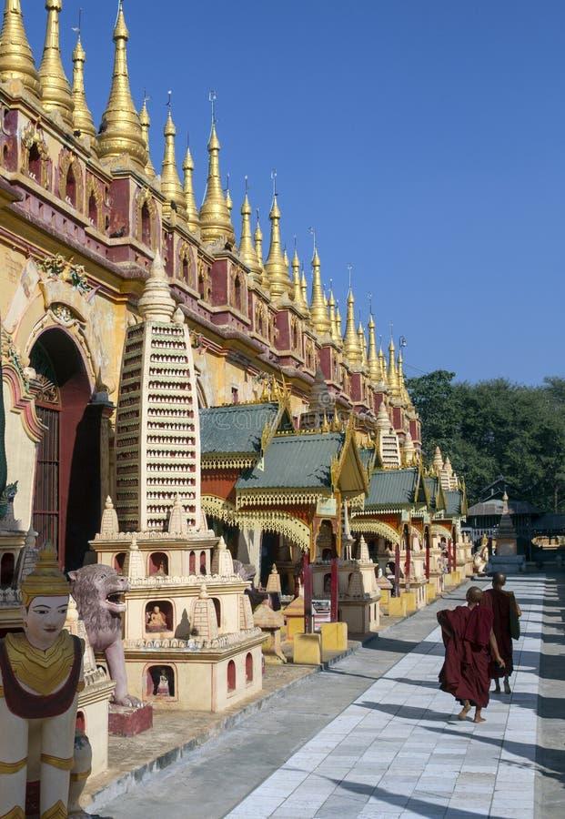 Thambuddhei Paya - Monywa - Myanmar lizenzfreie stockfotografie