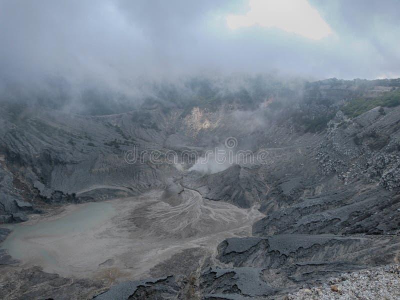 Der Krater Tangkuban Perahu mt-1 stockfoto