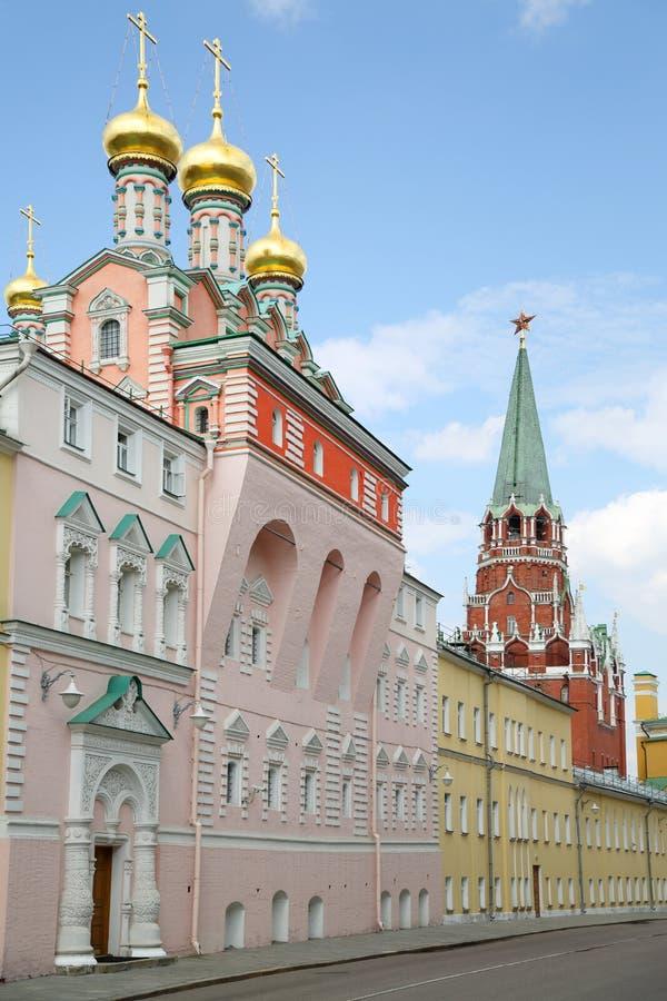 Der Kreml-Kirche Mutter des Gott-Lobs am Frühlingstag stockfotografie