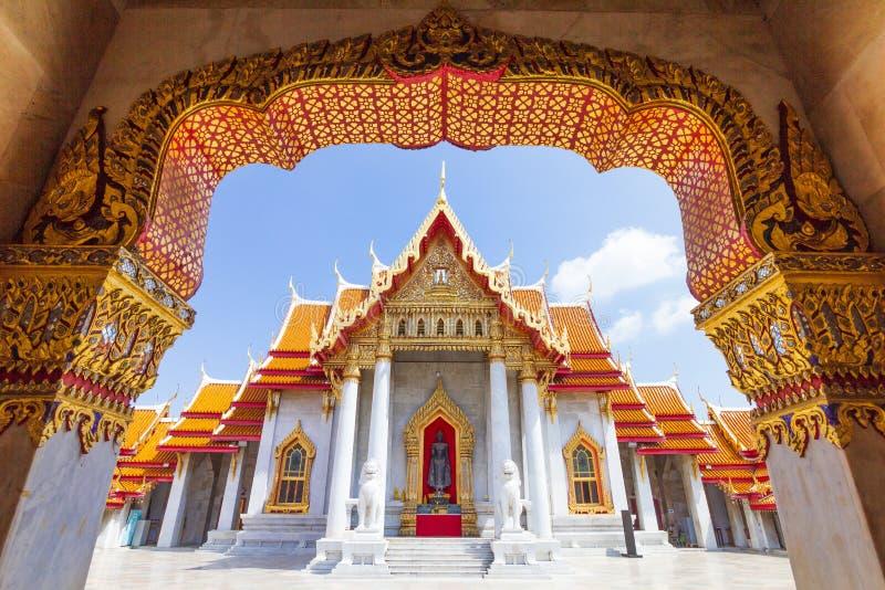 Der Marmortempel, Wat Benchamabopitr Dusitvanaram Die meiste populars Anziehungskraft für thailändischen und Ausländerreisenden stockbilder