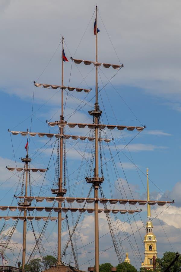 der Mast des Schiffs stockfoto