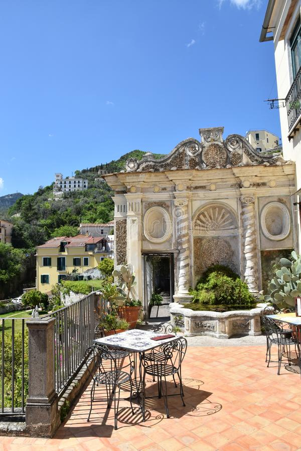 Der Minerva-Garten, eine Oase der Natur in der Stadt von Salerno stockbild