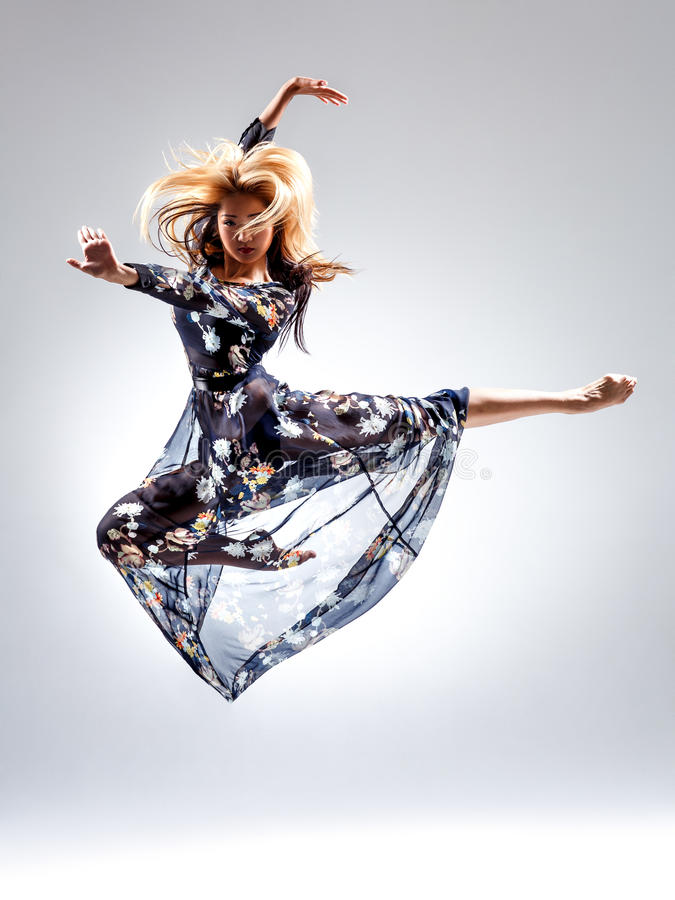 Der mistyc Tänzer stockbild