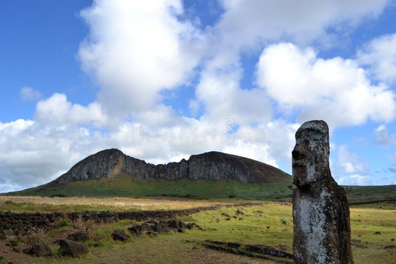Der Moai-Steinbruch - Osterinsel lizenzfreie stockfotos