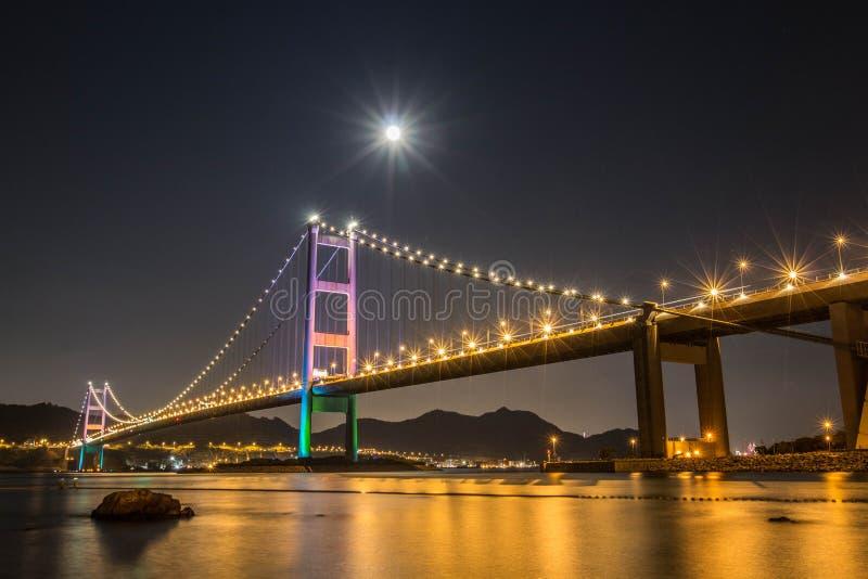 Der Mond von Tsing Ma stockfotografie