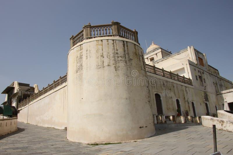 Der Monsun-Palast oder Palast Sajjan Garh stockfotos