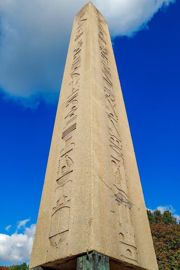 Der Obelisk von Theodosius, Dikilita?, im Hippodrom von Konstantinopele Sultan Ahmet Square in Istanbul, die Türkei stockfotos